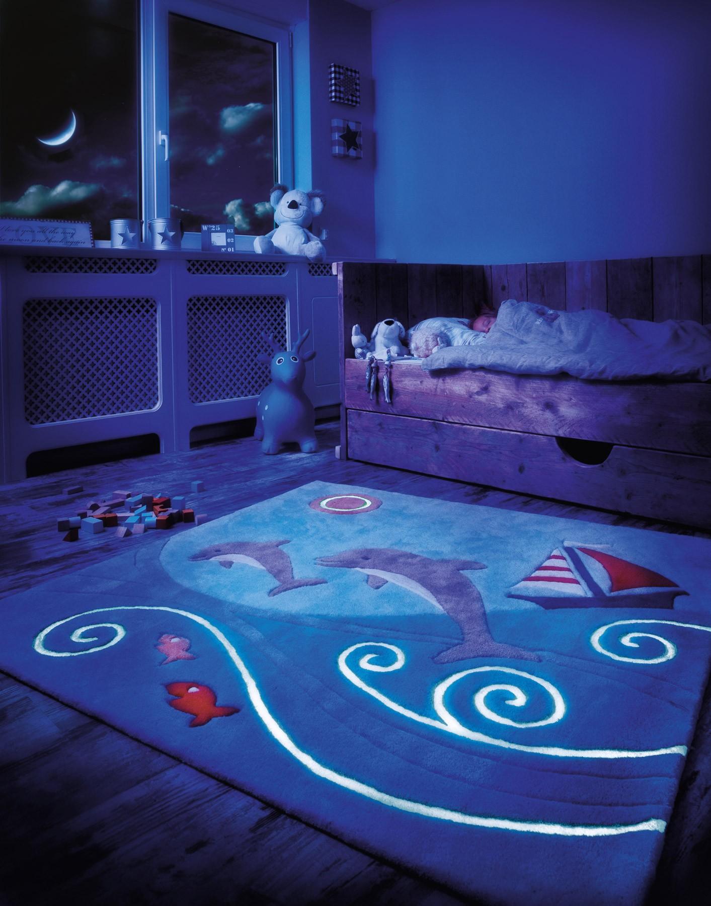 babytrendwatcher-arte-espina-glow-in-the-dark-kleed