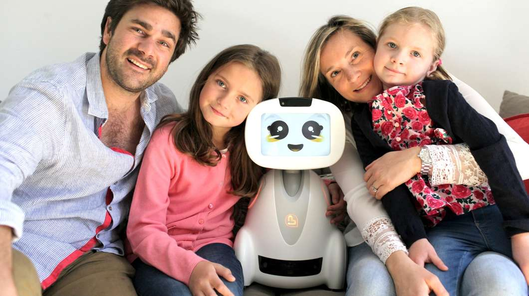 buddy robot als babysit