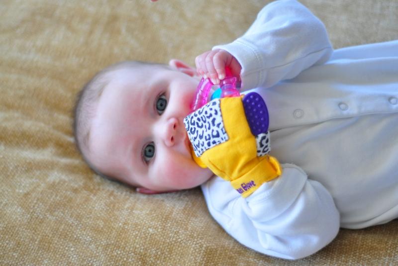 gummy glove babytrendwatcher